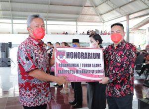 Bupati Franky Wongkar Launching Program Insentif Tokoh Agama 4